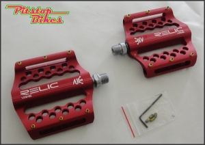 PEDAL_RELIC_VANE_RED