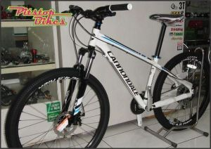 CANNONDALE_TRAIL_6_2013_WHT