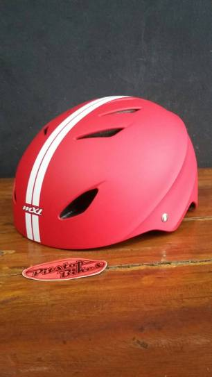 mxl red white